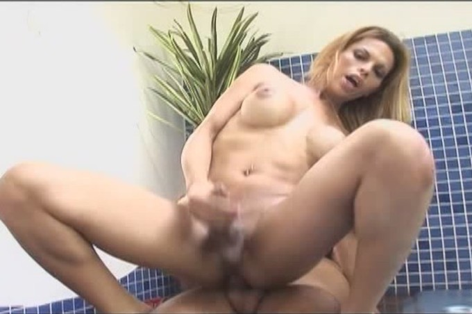 Blonde Tranny Gets A Big Dick In Ass By Pool