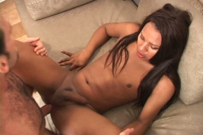 Sexy Shemale Sefora Gets Her Asshole Stuffed