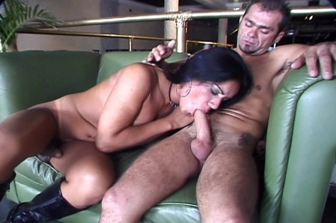 Aline Loves The Big Dick Of Antonio Cortez