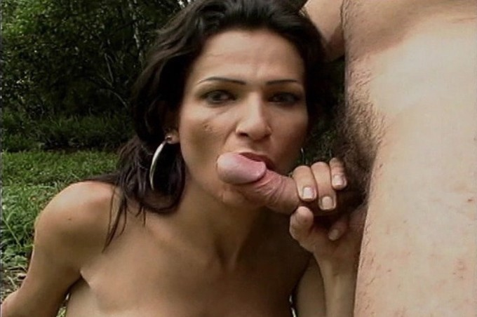 Leticia Loves The Hard Dick Of Riccon In Her