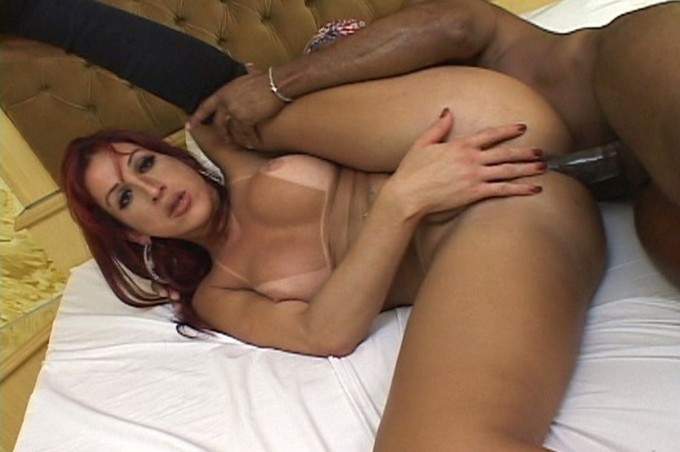 Gorgeous Francine Munhoz Loves To Suck On Large Dong