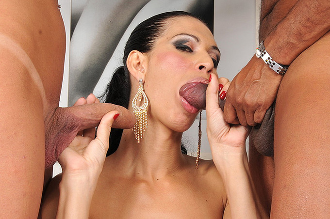 Incredible Transsexual Vixens Swapping His Jizz
