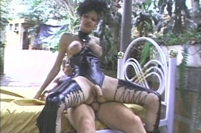 Sava Sucking Cock Of Tijana Outside In Jungle