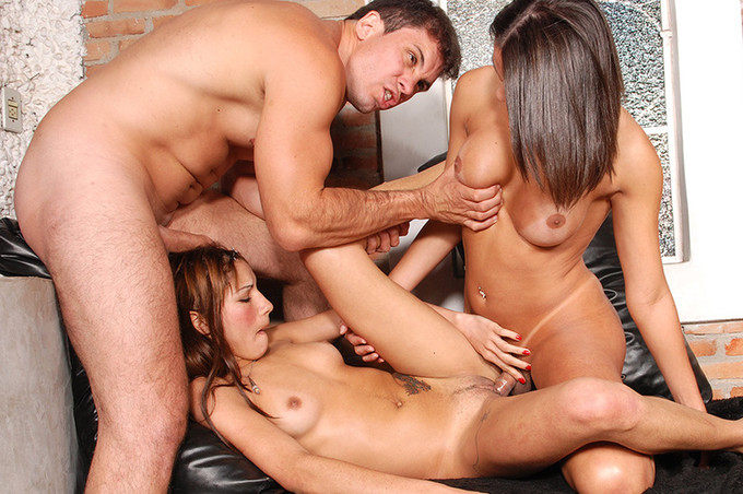 Tranny Threeway With Hardcore DP